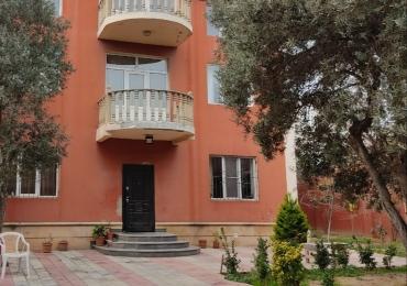 TƏCİLİ 2 mərtəbəli Villa satılır.